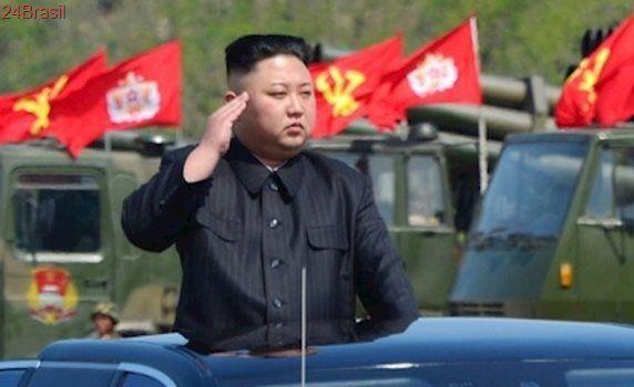 Trump diz que grande conflito com Coreia do Norte é possível, mas busca diplomacia