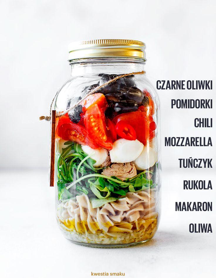 Sałatka makaronowa ze słoika