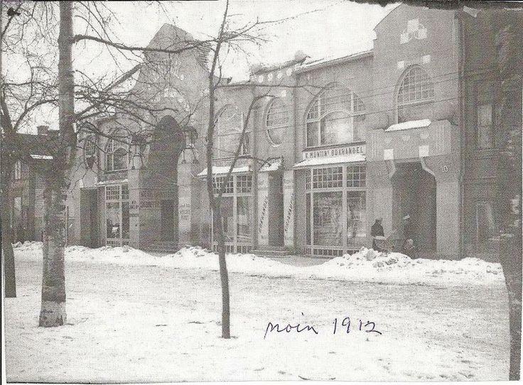 Hovioikeudenpuistikko in 1912