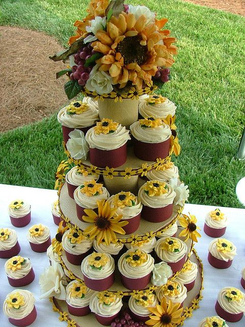 sunflower cupcakes for wedding | sunflower cupcakes | Flickr - Photo Sharing!