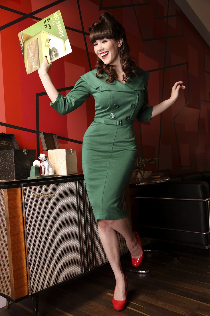 SECRETARY DRESS is a fitted dress from top to bottom made from a stretch jersey. This dress has an over the shoulder collar. It is double breasted and has large buttons in the front. The matching belt is included. Also available in black.: Retro Dress, Fitted Dresses, Secretary Pencil, Pinup, Pin Up, Green 3 4