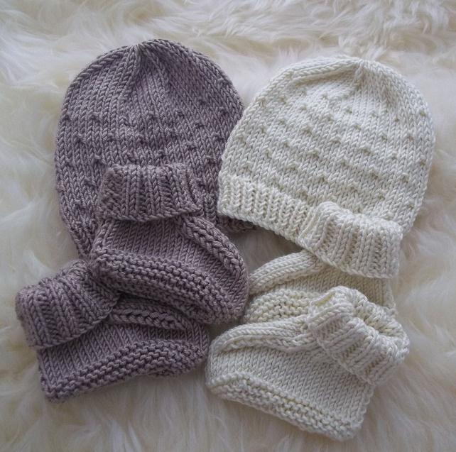 Hand Knitted Baby Boys Beanie Hat & Booties Set - Newborn - Great Gift Idea £15.00
