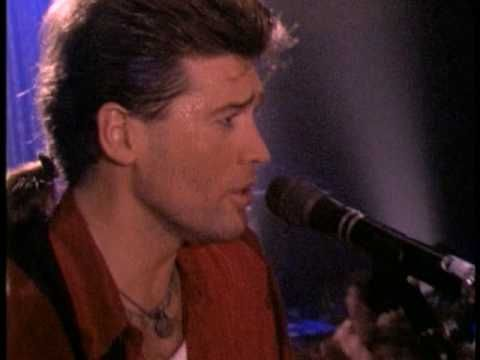 Billy Ray Cyrus Achy Breaky Heart  (if you see a green bar - click for the video footage)