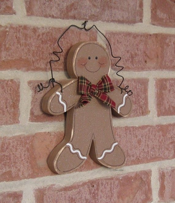 HANGING GINGERBREAD MAN for wall, door, tree, holiday, December, xmas, noel and home decor. $12.95, via Etsy.