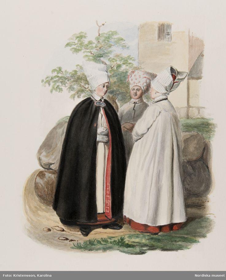 Dräkt. Tre kvinnor i samtal på en väg. Akvarell i storformat av J.W. Wallander (kopia?). Vingåker, Södermanland, Sweden.