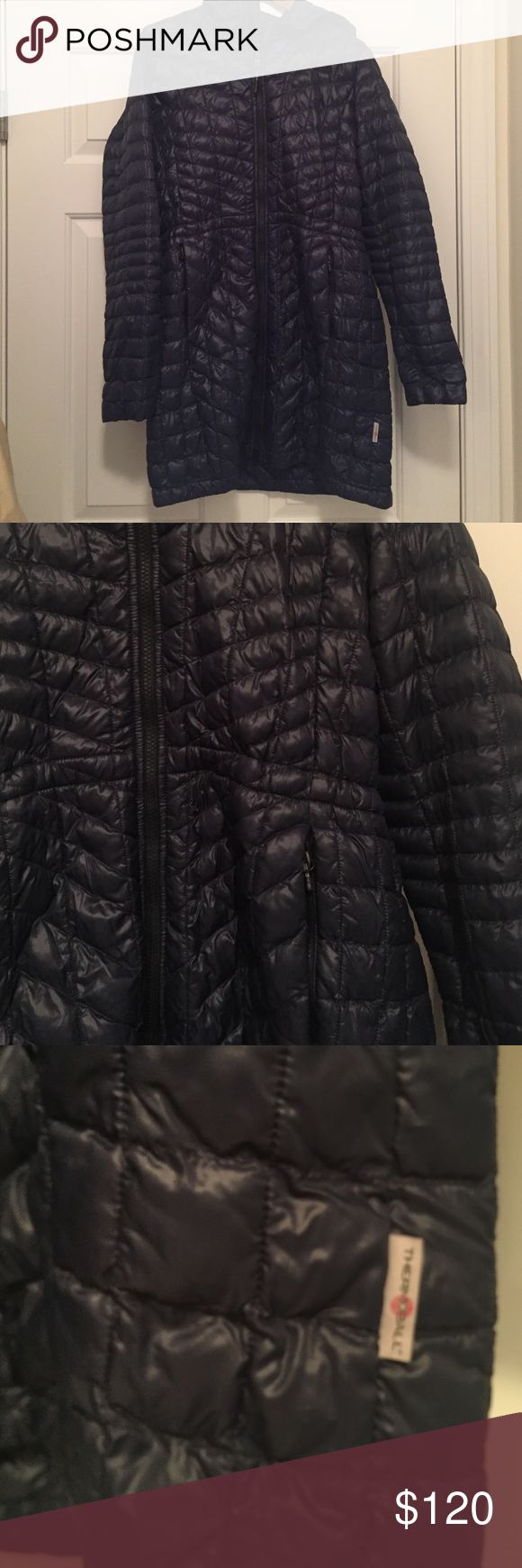 North Face Thermoball winter coat North Face Thermoball winter coat, very thin but keeps you so warm!! North Face Jackets & Coats Puffers