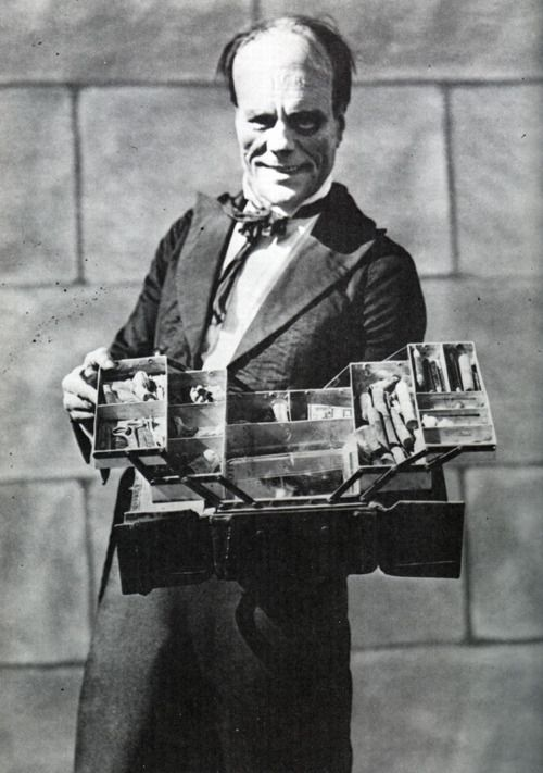Lon Chaney as the Phantom with his make-up kit, via William Forsche, via universalmonstersblog.