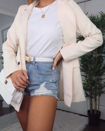 20+ Awesome Denim Jeans Outfits Ideas For Summer 2019