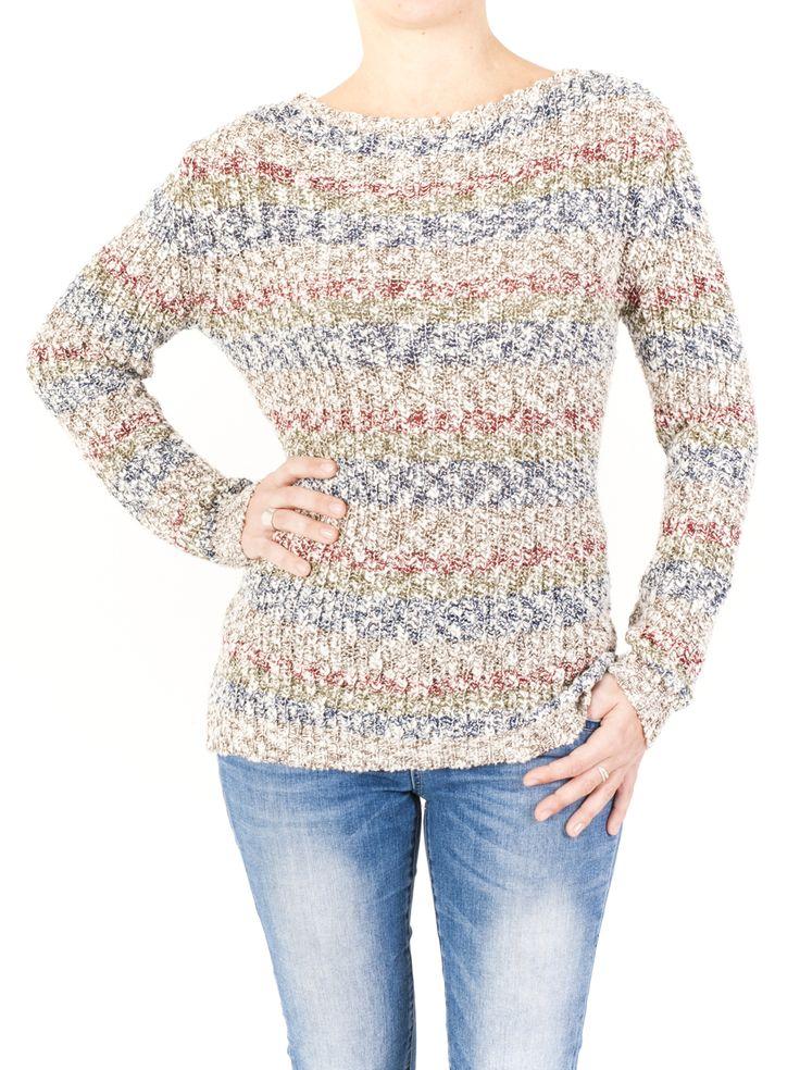 Jersey de punto mujer de cuello barca y estampado rayado. Prenda de color único que combina fácilmente con tu ropa de temporada. ¡Me gusta! ¿La quieres?