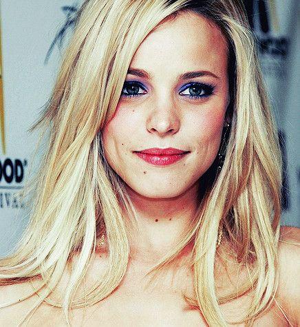 Rachel McAdams..looks gorgeous as  a blonde