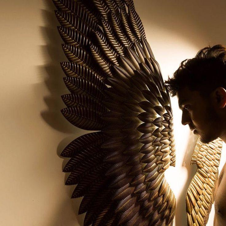 Creativo Decoración Para el Hogar Abstracto Retro Ala Decoración Escultura Estatuilla Estatua Del Ala de Metal Decorativos de Pared de TELEVISIÓN de Fondo de Regalo de Navidad en Estatuas y Esculturas de Hogar y Jardín en AliExpress.com | Alibaba Group