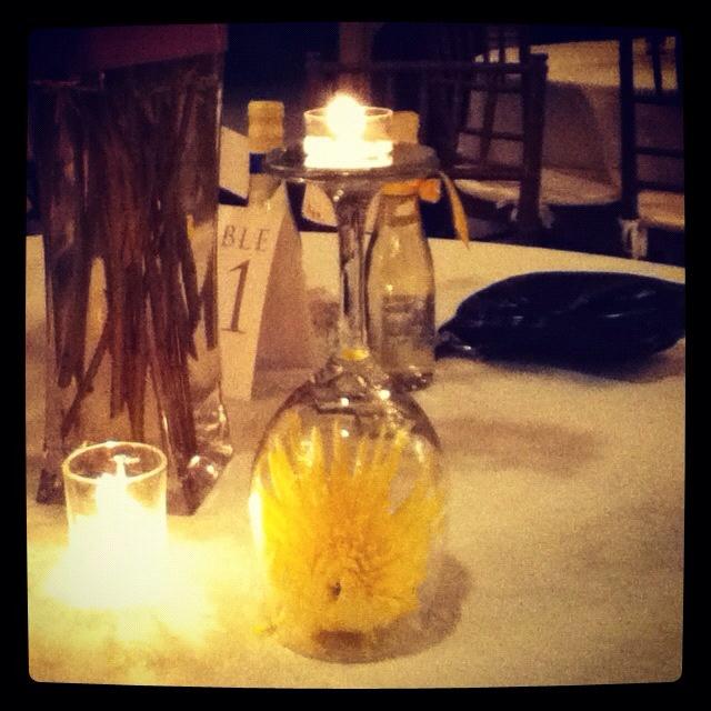 Wedding center piece idea!!! but with an orange daisy