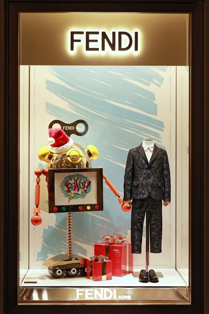 A pop of color and fun takes over the windows at Palazzo Fendi in Rome with the festive prints of the Fendi Kids Fall/Winter 2016-17 collection.