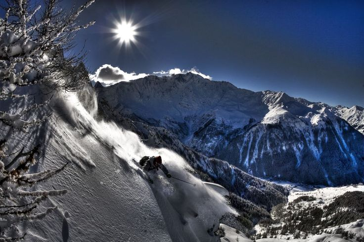 Oh Les Arcs...love this pic. 'The Aiguilles Rouge presents some of the most challenging terrain in the French Alps with over 2000m of vertical descent'...mmm. (Pic - Seb Leon)