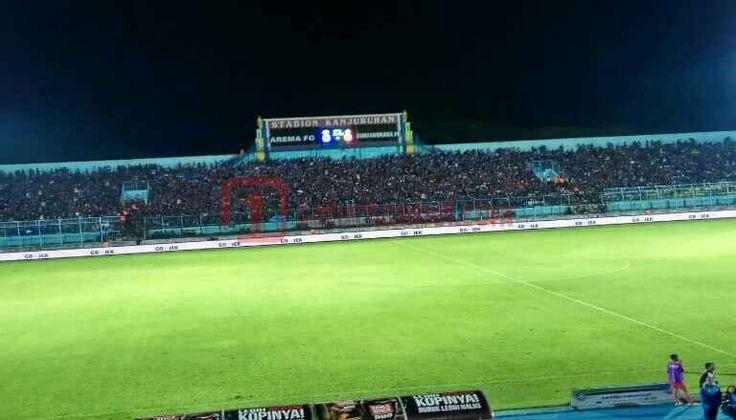 Mari Intip Starting Line Up Arema FC vs Bhayangkara FC - Arema FC dalam laga kandang perdana ini akan mengincar poin penuh saat menjamu tamunya, Bhayangkara FC di Stadion Kanjuruan, Kabupaten Malang, Minggu (23/4).  - https://satuchannel.com/mari-intip-starting-line-up-arema-fc-vs-bhayangkara-fc/