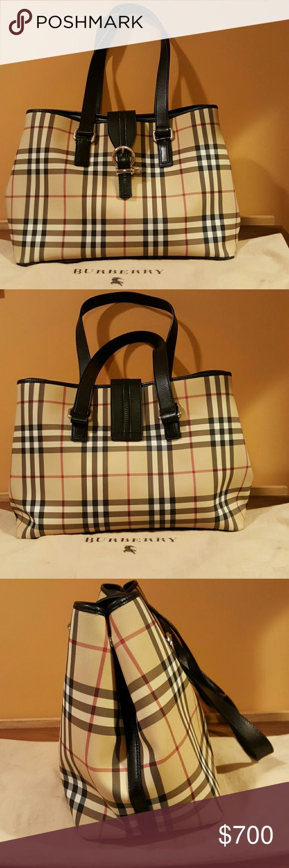 Burberry Women's Handbag Pre-owned in a really good condition. Burberry Bags Totes