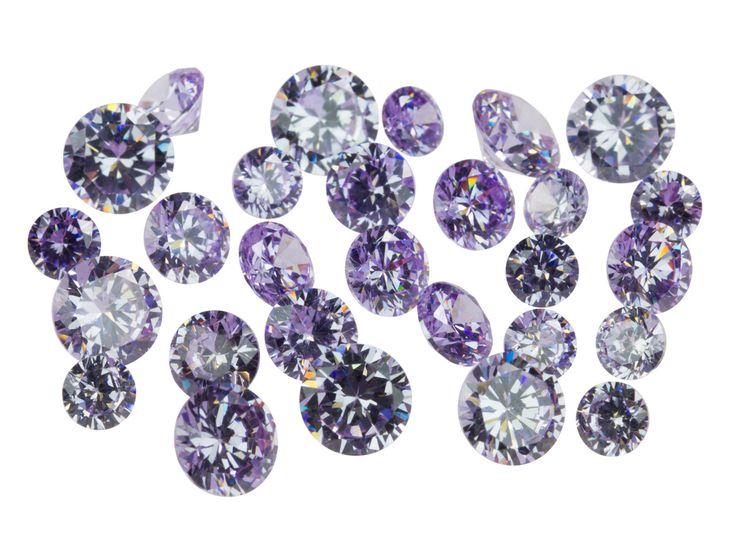 Zircon brillant rond lilas, 4, 5 et 6 mm en sachet de 28 http://www.cookson-clal.com/bijoux-perles/Zircon-brillant-rond-lilas-4-5-et-6-mm-en-sachet-de-28-prcode-61CZ-P005 Cooksonclal