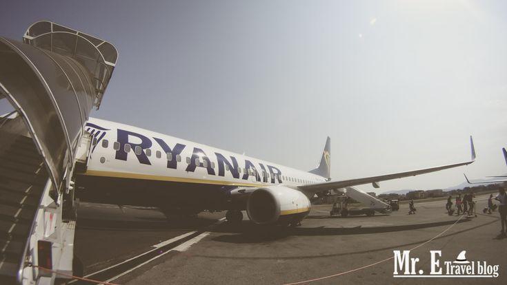 Ένας από τους βασικούς λόγους που πολύς κόσμος δεν ταξιδεύει στο εξωτερικό, είναι γιατί πιστεύει πως τα αεροπορικά εισιτήρια θα του κοστίσουν μια μικρή περιουσία… και έχουν δίκιο… περίπου. Μερικά χρόνια πριν, ο κλασικός τρόπος για να κλείσεις ένα εισιτήριο, ήταν να περπατήσεις/οδηγήσεις μέχρι το πλησιέστερο ταξιδιωτικό γραφείο, να πεις στον υπάλληλο που θέλεις να …