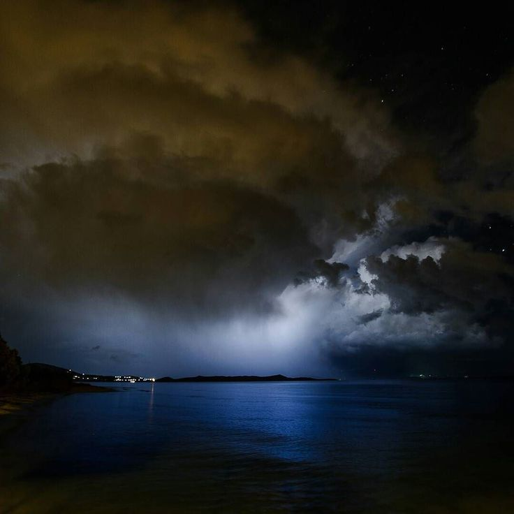 Stormy weather and heavy rain over Evia as seen from Marathonas beach in Athens cropped photo from previous post . . . . . #pttlgr #photocontestgr #instalifo #amazing #travel_greece #instatravel #instago #love #autohash  #Greece #water #landscape #storm #sky #light #outdoors #weather #nature #dawn #evening #dusk #sun #dark #rain #ocean #travel #traveling #visiting #instatravel #instago #seashore
