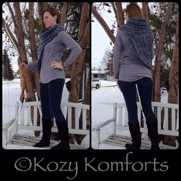 Hunger Games inspired knit cowl from Kozy Komforts #craftyab #hungergames #katniss #kozykomforts