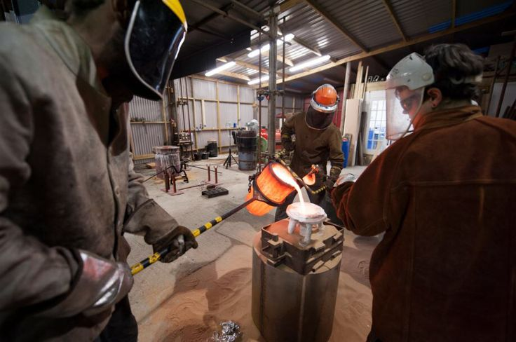 Vincent, Derek and Kelly pouring at London Bronze Casting Ltd