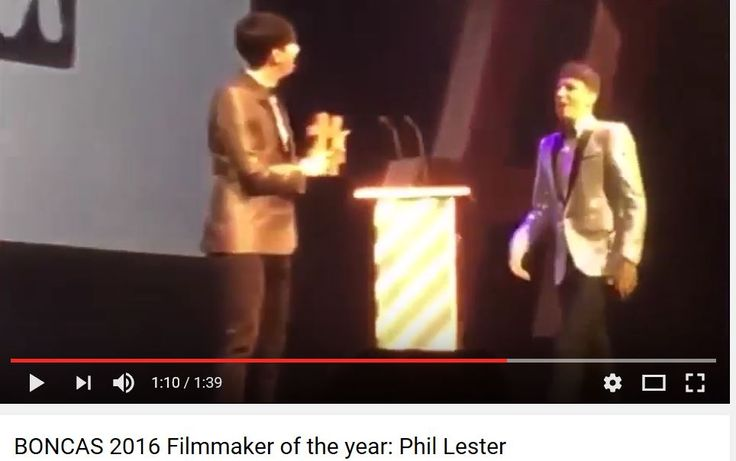 PHIL WON THE AWARD THEN HE CALLED DAN ONTO THE STAGE TO SHARE IT WITH HIM OMG GO WATCH IT IM NOT CRYING HAAHAHAH