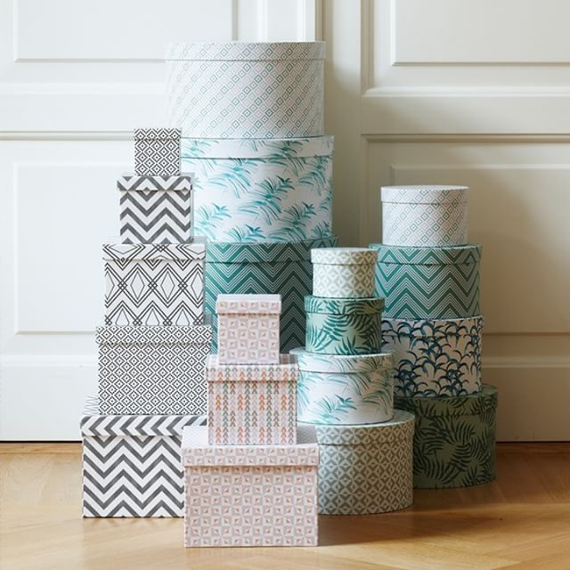 Store your hats, crafts or secrets in the patterned boxes. Prices from DKK 6,60…