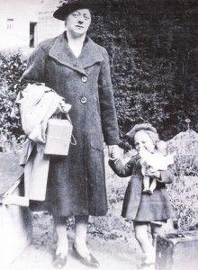 The Experiences of Guernsey Evacuees - Miriam & Margaret Robilland, June 1940-1