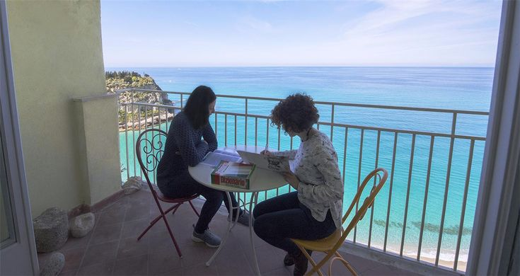 """Studio Italiano is a school of Italian language and culture for foreigners, located in Tropea, a few steps away from the central square 'Vittorio Veneto'. The main aim of our Language Centre is to offer a cultural experience in this part of the """"bel paese"""", in a friendly environment with highly qualified native teachers."""