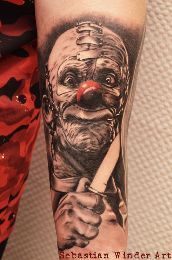 www.unbunt-tattoo.de Horror Clown Tattoo, IT, Pennywise by Sebastian Winder from Germany, Essen