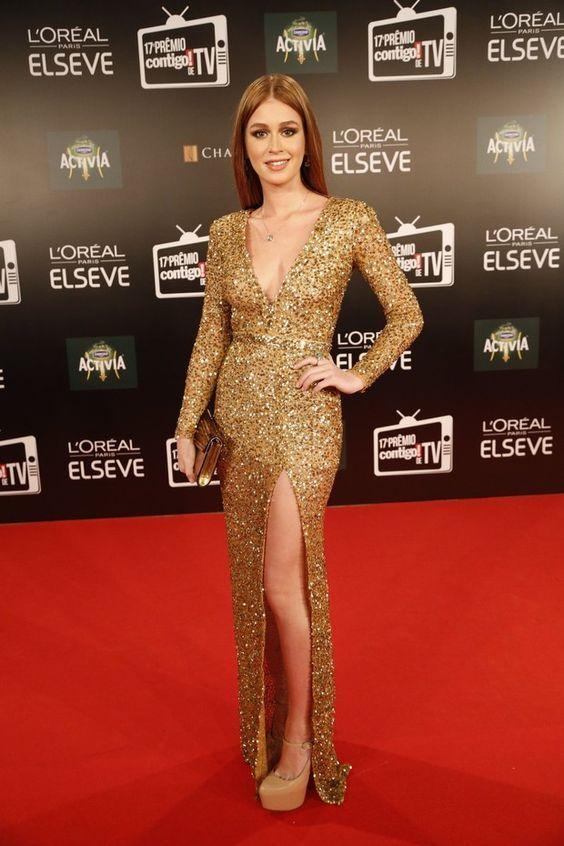 Marina Ruy Barbosa, vestido longo com paetês dourados