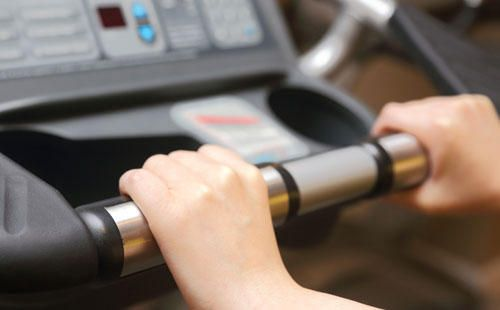 The Trouble with Cheap Treadmills  http://www.runnersworld.com/treadmills/the-trouble-with-cheap-treadmills?cid=soc_Runner's%2520World%2520-%2520RunnersWorld_FBPAGE_Runner%25E2%2580%2599s%2520World__RunningGear