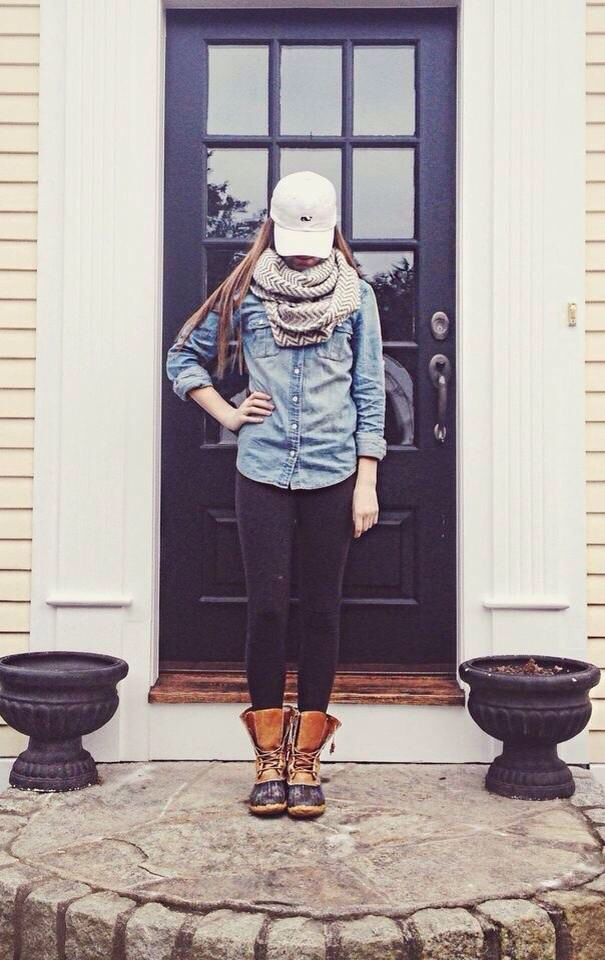 Ahhh I need this! Especially the vineyard vines hat!