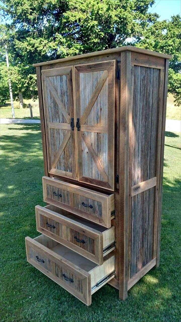 DIY Barn Wood Project. #diy #barn #wood #woodworking #palletfurniture #pallets #simplepallets