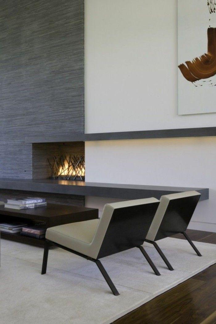 Modern Kamin Einbauen Zwei Sessel Daneben