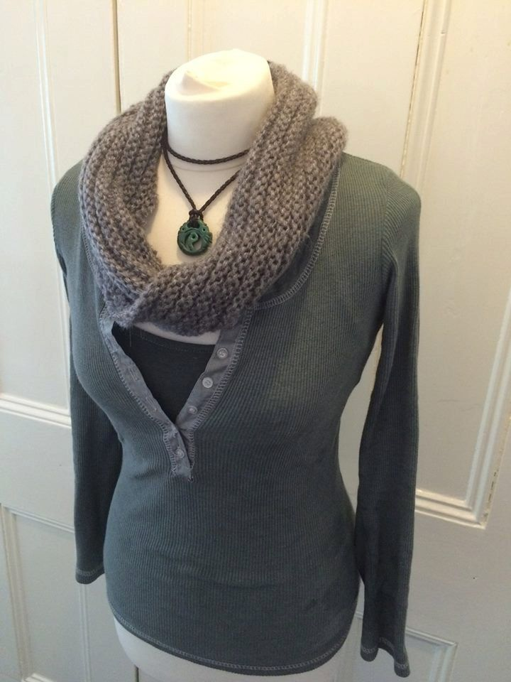 Grey thick knit chunky scarf for Lara Croft Rise of the Tomb Raider cosplay. The scarf is acrylic - a non-animal (vegan friendly) type of wool!