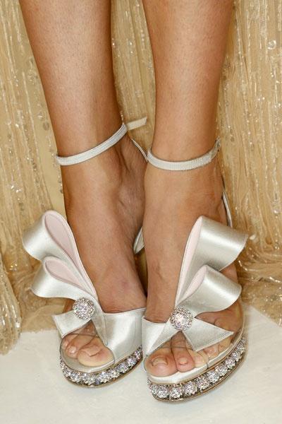 love<3   Rihanna, Miranda Kerr & Justin Bieber Confirmed For Victoria's Secret Fashion Show! | Grazia Fashion