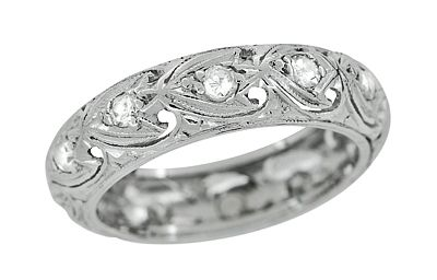 Art Deco Diamond Antique Wedding Band in Platinum - Size 6 $1,210.00 http://www.antiquejewelrymall.com/r1079.html