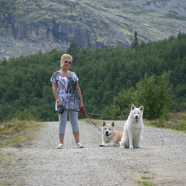 Ladylee Akuma en Miyuki in Noorwegen