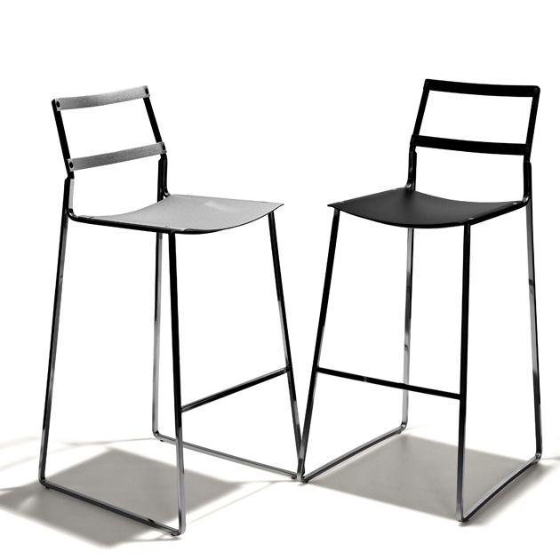 Krom barstol från Falsterbo hos ConfidentLiving.se