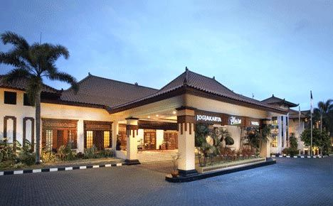 Below is a list Name, Address, Telephone Number and Prices Cheap Hotels in Yogyakarta, as follows:  1. Hotel Intan Jl. Sosrokusuman Dn I/109 – Samping Mal Malioboro 0274 – 562 318 Price:    Read More http://indouniqueholiday.com/name-address-telephone-number-and-prices-cheap-hotels-in-yogyakarta/