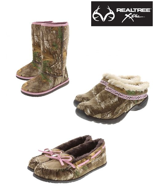 NEW Women's and Girls' RealtreeXtra Camo Shoes and Boots by Payless. I WANT THOSE BOOTS!!