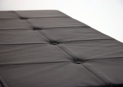 Luxury cushions | Bent Hansen. Available with or without buttons and stitching in squares.