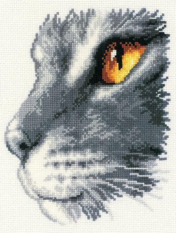 Majestic Cat Cross Stitch Kit - £23.50 on Past Impressions | Vervaco