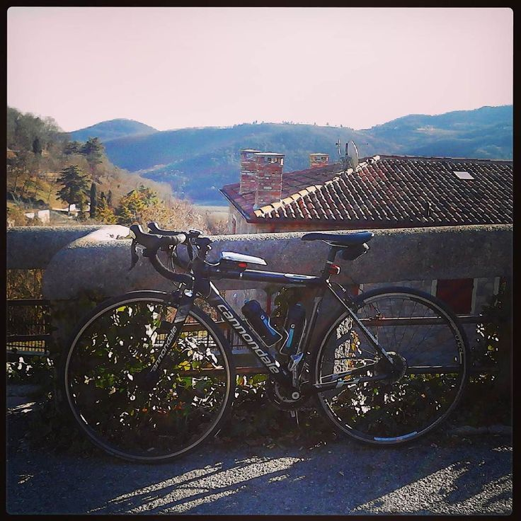 First training of the year... #cycletherapy #Caadotto #training #allenamento #senzabicinonsostare #strava #italiabellissima #ciclismo #cycling #bici #bike #bicicletta #bicycle #pushbike #velo #pedalaognigiorno #pedalaognitanto #usalabici #cicloturismo #cycletour #cycletouring #bikelife #amore #love #passione #passion #inverno #winter #igersbike #igerspadova