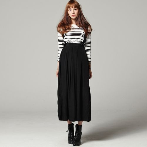 Women Long Pleated Skirt with Detachable Suspenders