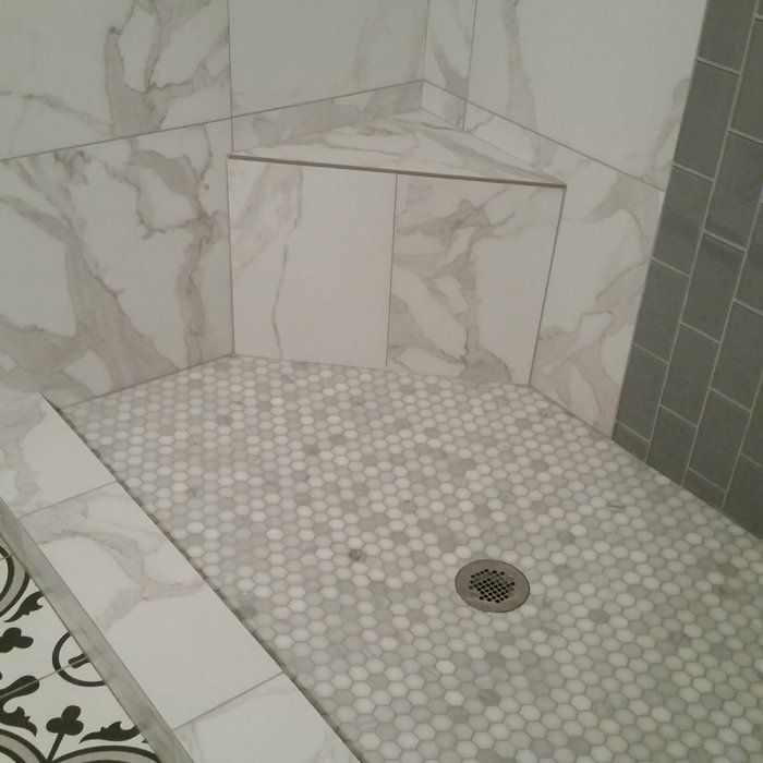 Arabescato Carrara 1 X 1 Marble Honeycomb Mosaic Wall Floor Tile Marble Bathroom Designs Shower Floor Bathroom Remodel Shower