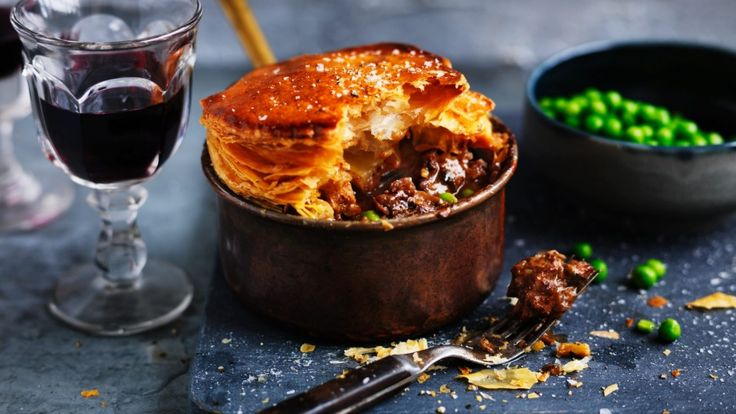 Beef pie recipe: Beef chuck and pea pies