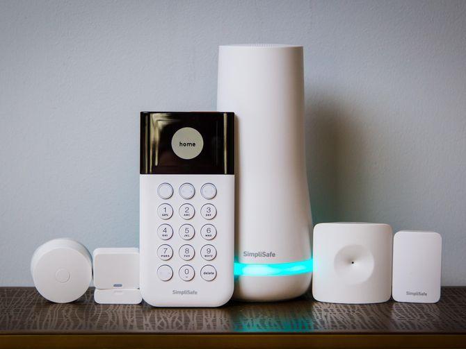 Simplisafe S Diy Home Security System Now Works With Alexa Wireless Home Security Systems Simplisafe Home Security Systems