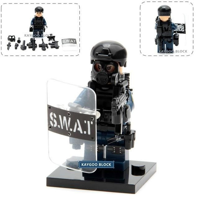 Kaygoo Police Military Swat Pack Figures With Accessories